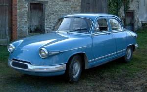 Panhard_PL17_1963_front